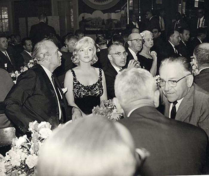 Мэрилин Монро даже не знала кто такой Хрущёв.