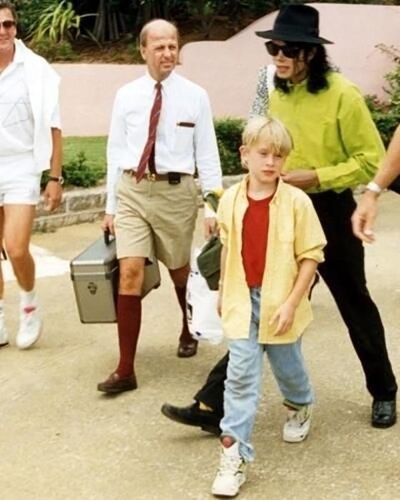 Маколей Калкин и Майкл Джексон.
