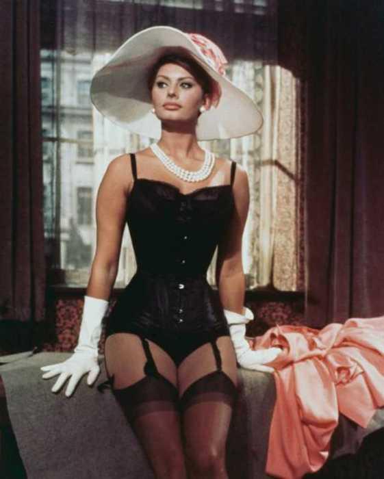 Софи Лорен в роли Эпифании Парерга в фильме «Миллионерша», 1960.