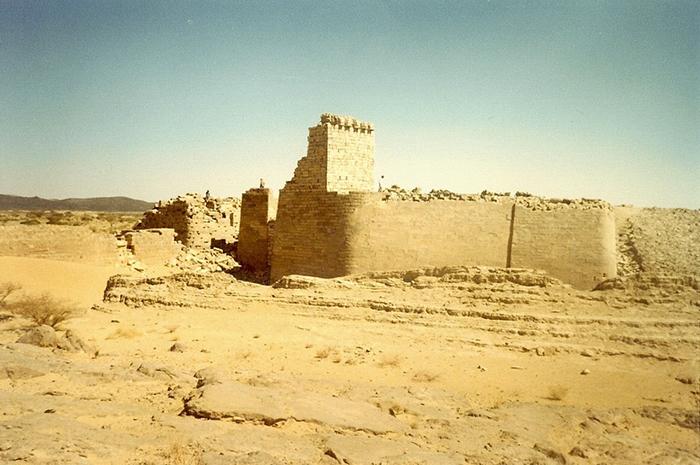 Руины плотины, 1985 год.