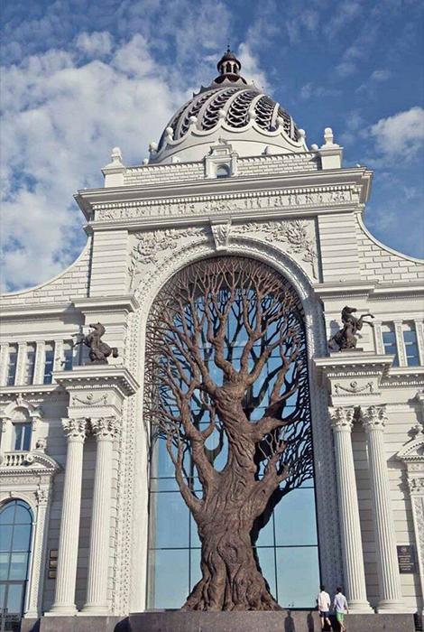 Минсельхоз выглядит как шедевр архитектуры.