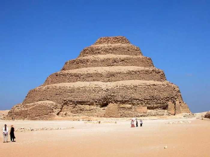 Самая древняя пирамида Египта.