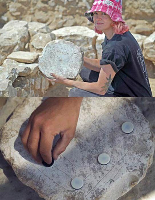 Древняя настольная игра, найденная на месте раскопок, под названием «Ветряная мельница».