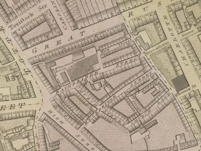Расположение пивоварни на перкрёстке улиц Тотенхем-Корт-Роуд и Оксфорд-стрит.