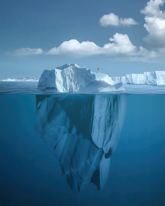 «Под поверхностью» - цифровое искусство.