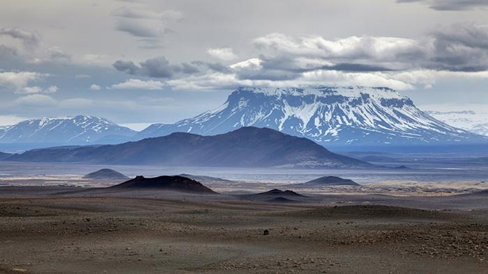 Эксперты выражают надежду, что масштабного извержения не прооизойдёт.