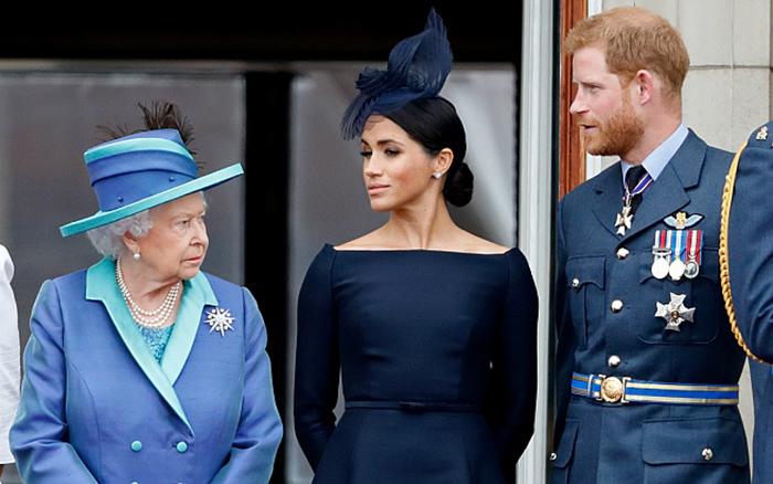 Отношения в королевской семье были напряжёнными, несмотря на то, что королева легко дала своё согласие на этот брак.