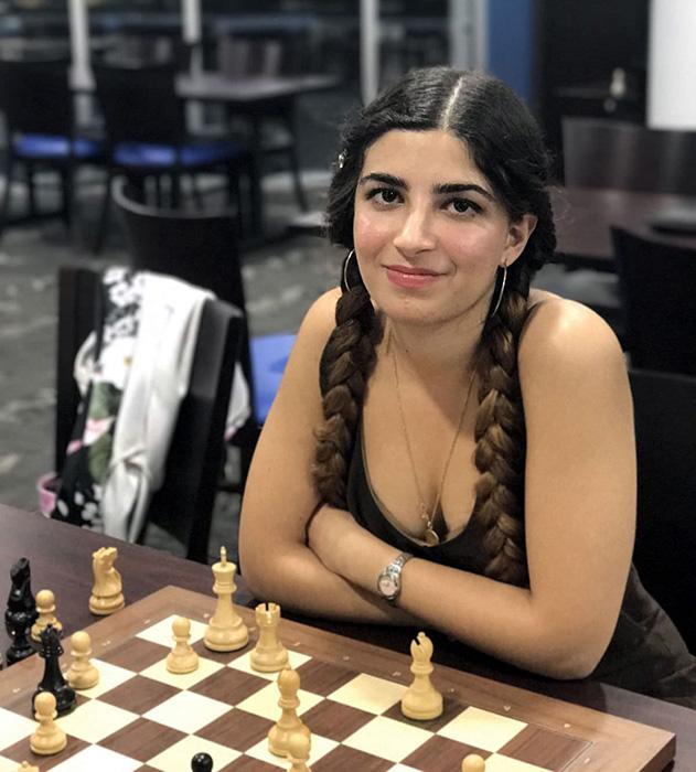 В шахматах, как и в любом деле, главное - это заслуги.