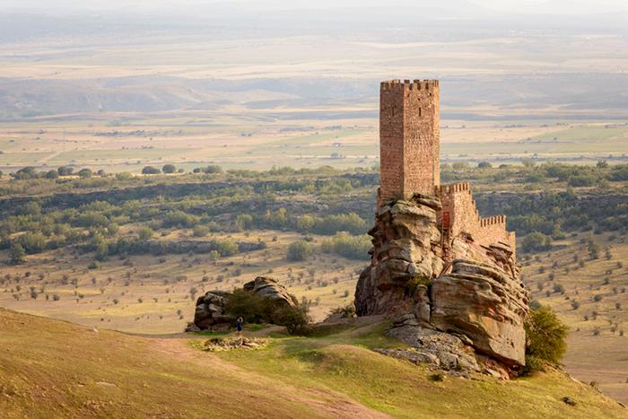 Владелец Сафра потратил больше 30 лет и значительную часть своего состояния на восстановление этого прекрасного замка.