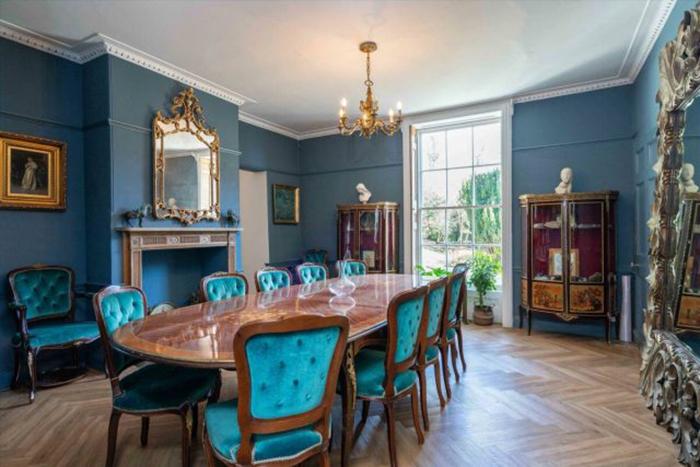 В доме были созданы многие современные удобства, но при этом сохранена его историческая атмосфера.