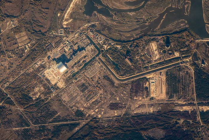 Чернобыльская АЭС, вид из космоса.