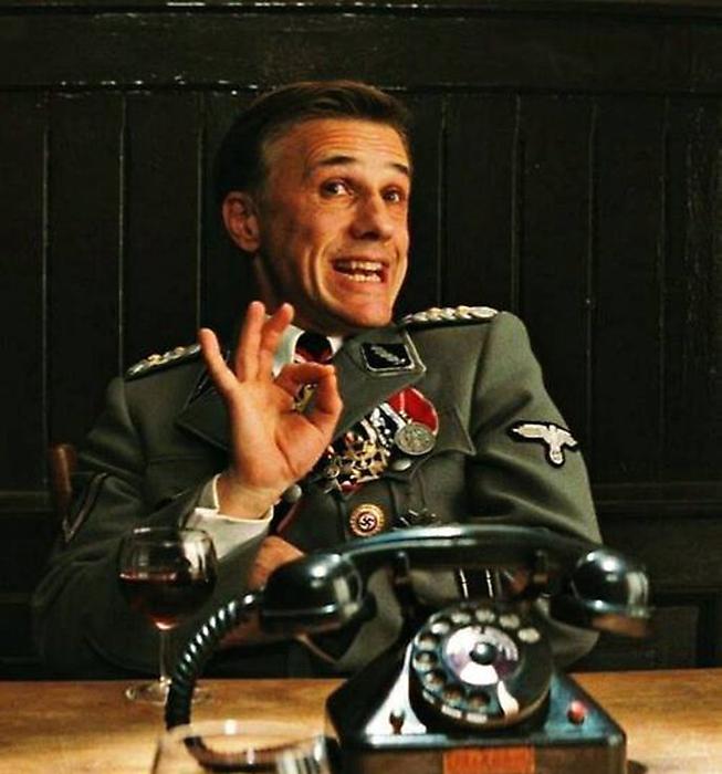 Оскароносный Кристоф Вальц.