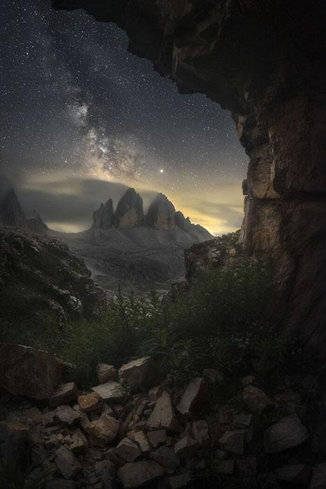 Небо и горы.