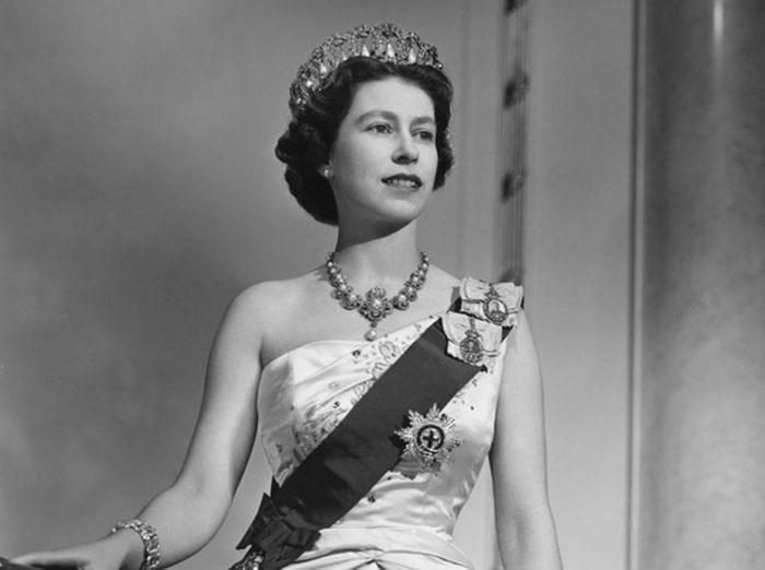 Трансляцию коронации посмотрели десятки миллионов британцев.