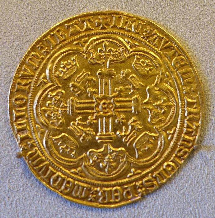 О сказочных богатствах Ордена до сих пор ходят легенды.