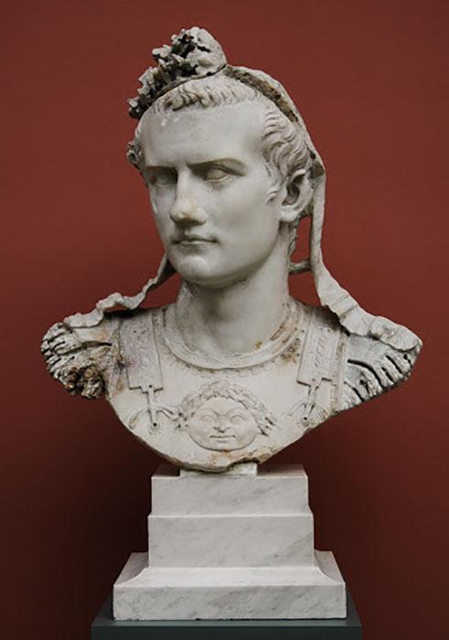 Император Калигула.