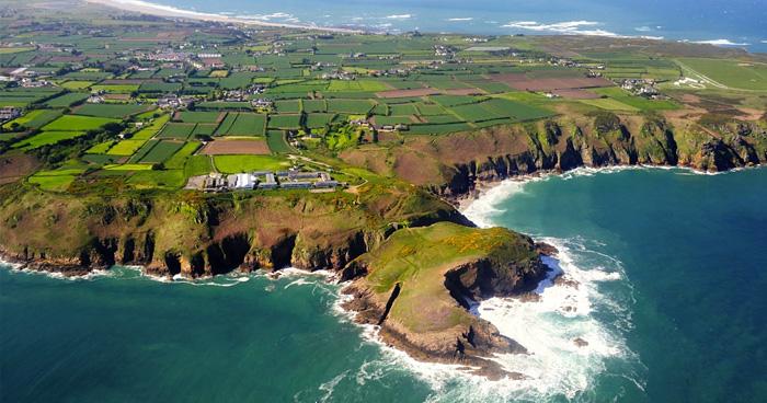 По предположениям историков, кельты проплыли через море, чтобы найти на острове укромное место.