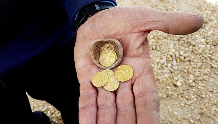 Никаких восстановительных работ обнаруженное золото не требует, оно в прекрасном состоянии.