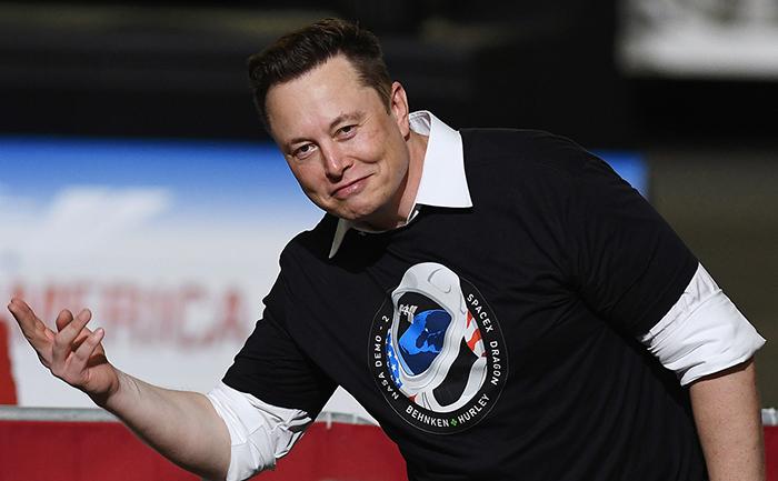 Илон Маск считает, что человечество не должно связывать своё будущее только с Землёй.