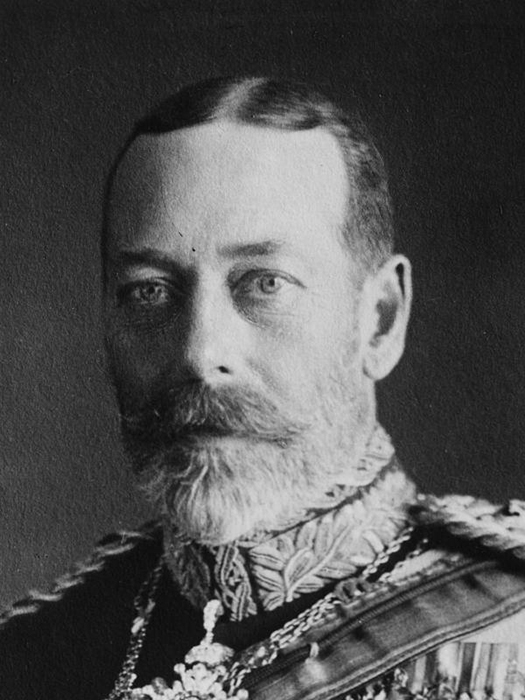 Британский монарх, отец принца Джона, Георг V.