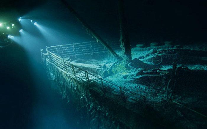 Несчастный «Титаник» на дне морском.