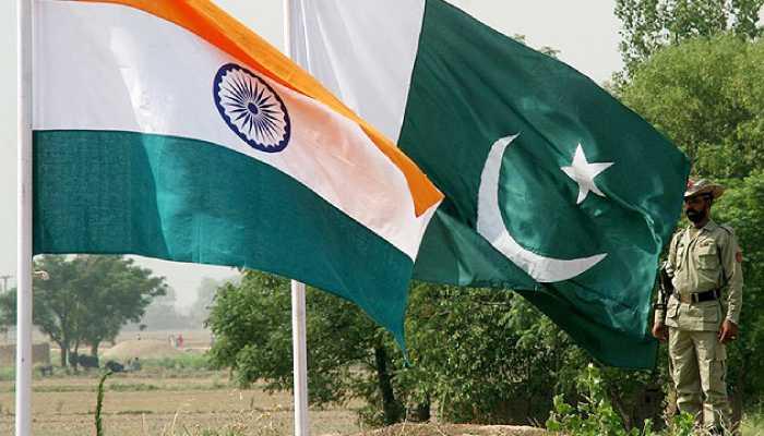Население Индии и Пакистана приветствует потепление в отношениях между странами.