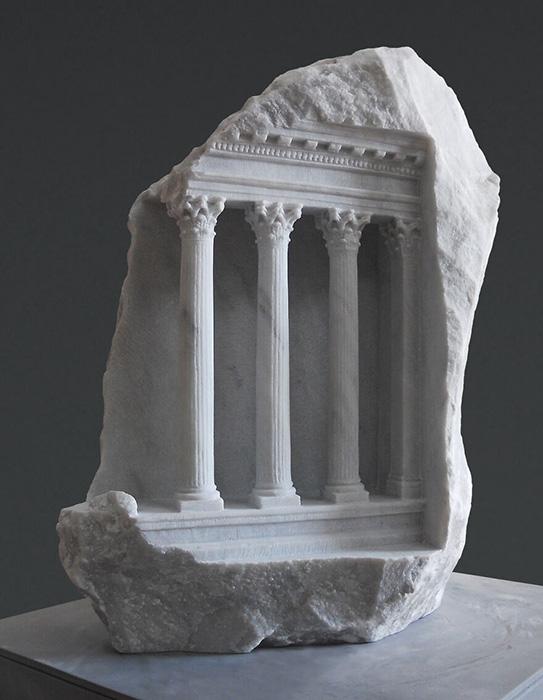 Знания и навыки воплотились в подлинных миниатюрных произведениях искусства.