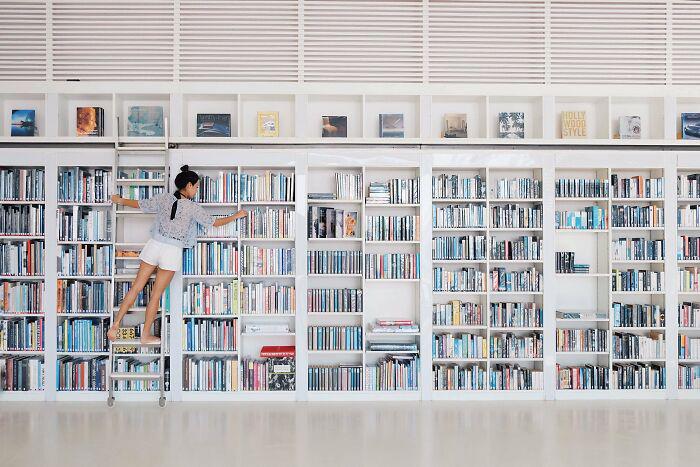 Бумажные книги сохраняют лидерство в цифровую эпоху.