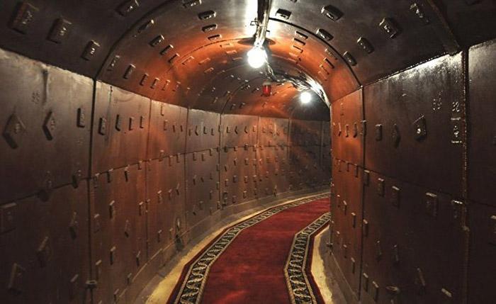 В 2006 году на Таганке открылся музей и ресторан «Бункер 42».