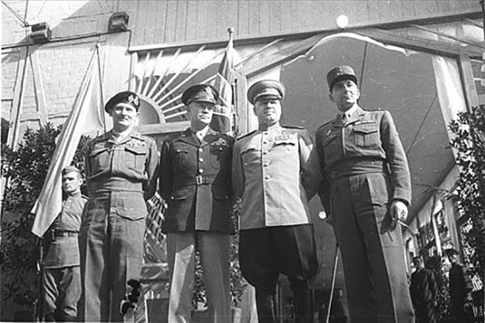 Адмирал Дёниц надеялся рассорить союзников и продолжить вести войну против Советского Союза.