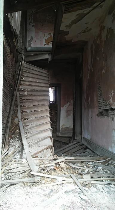Лестница в главном холле.