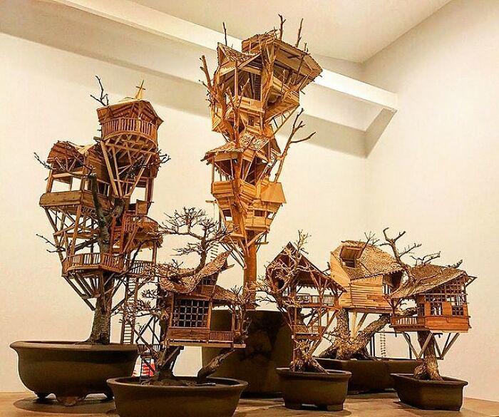 Эти невероятные домики на деревьях бонсай были созданы покойным художником Дэйвом Криком.
