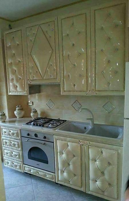 Кухня, сделанная производителем диванов.