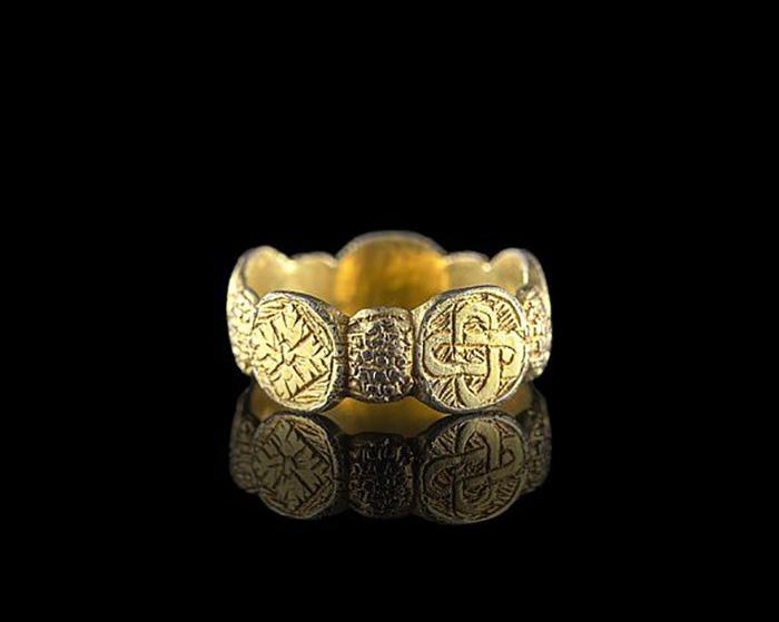Археологические находки помогают лучше познать древнее славное прошлое.