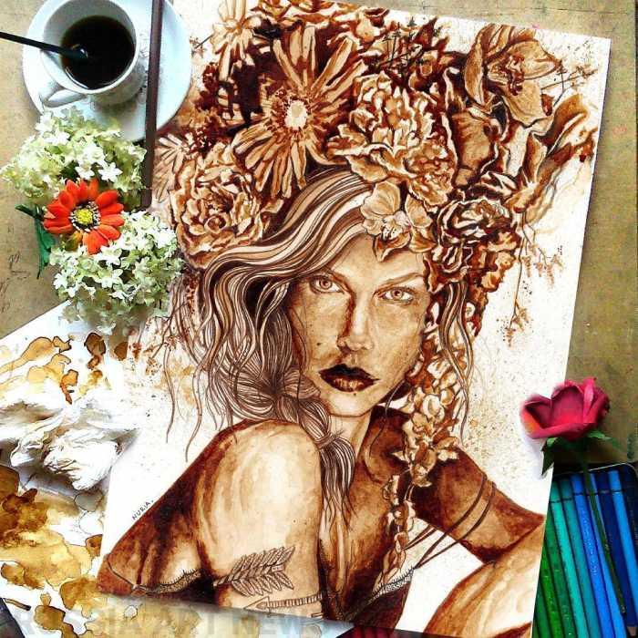 Точной детализации художница добивается с помощью коричневого карандаша.