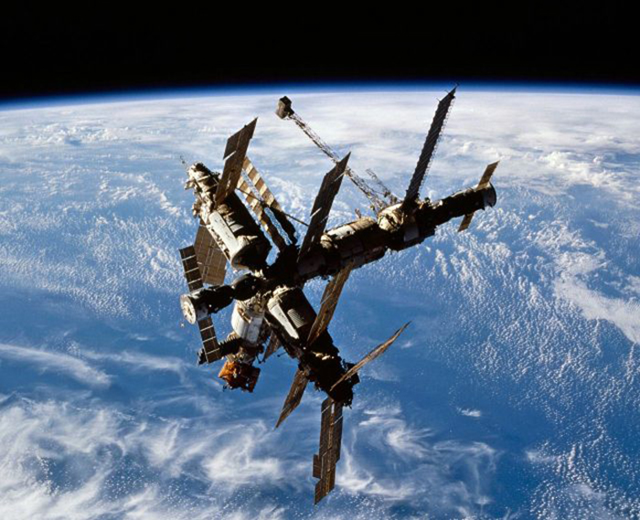 Сотни упавших космических кораблей нашли своё пристанище на дне океана.