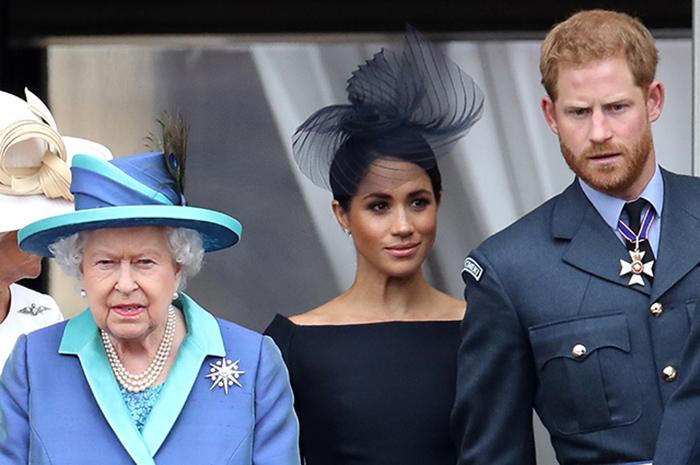 Гарри и Меган с королевой Елизаветой.