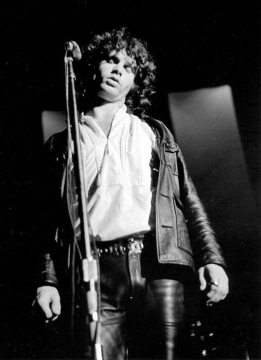 Часто бывало такое, что Джиму было невероятно трудно петь.