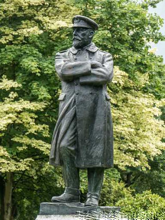 Памятник капитану Смиту.
