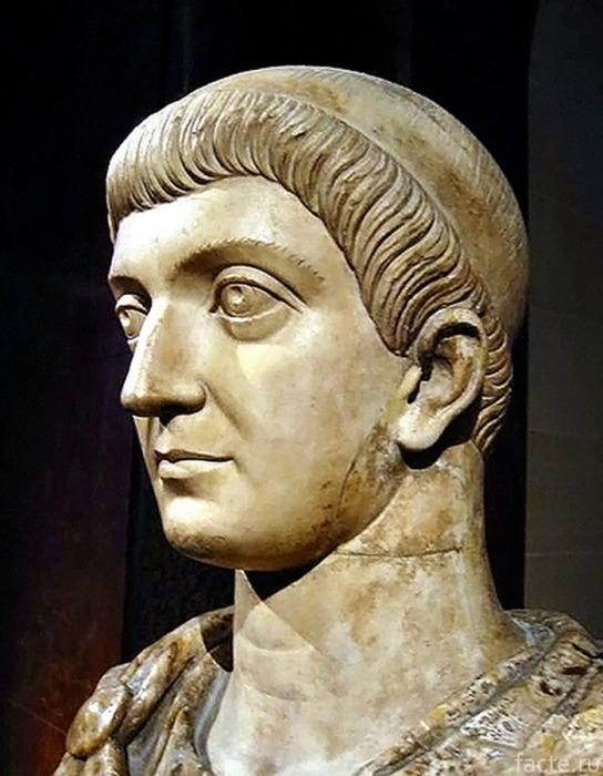 Император Константин І Великий.