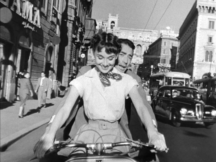 Одри Хепберн и Грегори Пек в «Римских каникулах».