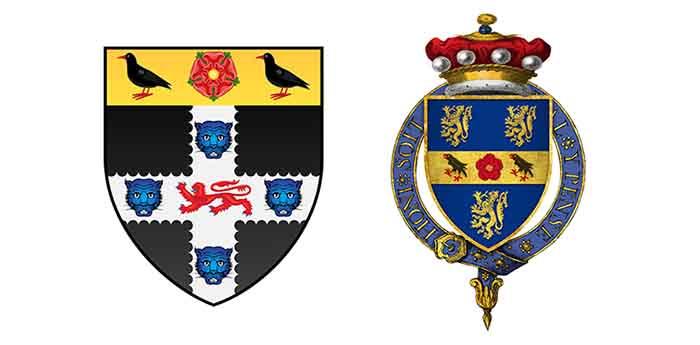 Слева: герб кардинала Вулси. Справа: герб Томаса Кромвеля.