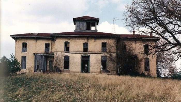 Обветшавший особняк Футов, около 1992 года.