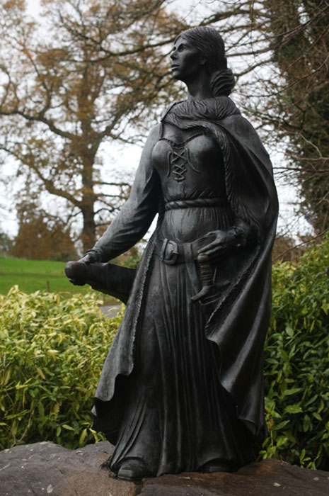 Памятник Грануаль в Ирландии.