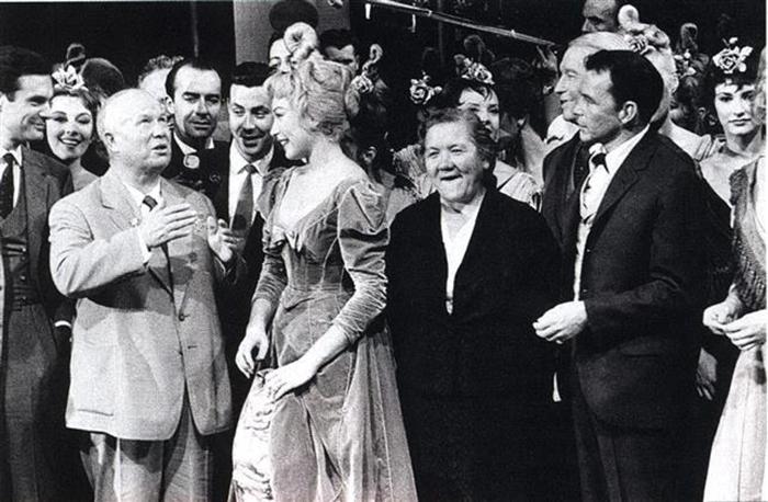 Хрущёв посетил Голливуд.