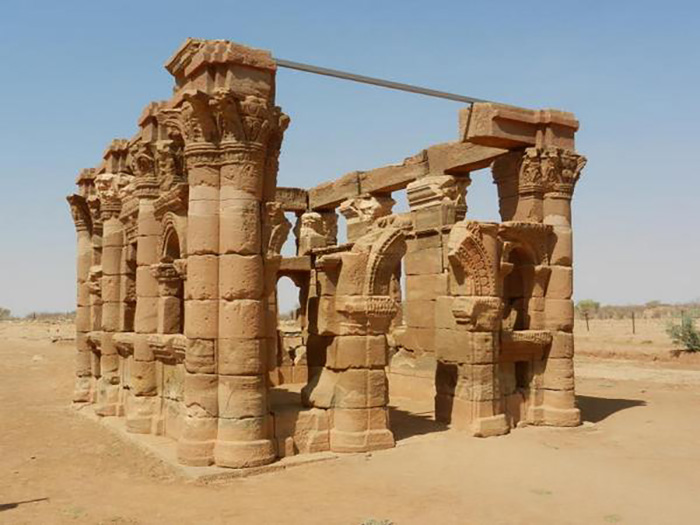 Руины храма времён аксумитского царства.