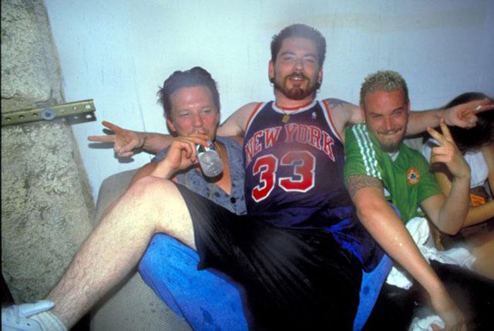 Микки Рурк и Дом Боли в 1994 году.