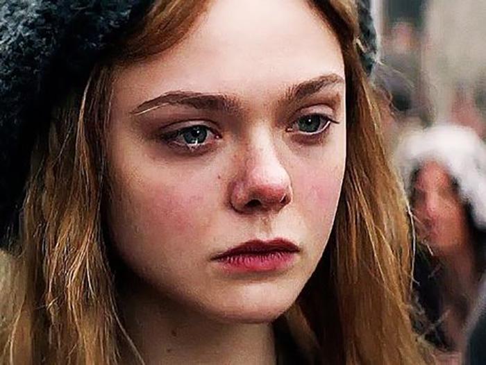 Хрупкая аристократичная Эль Фаннинг идеально изобразила в кино ту мятущуюся тонкую душу, какой была Мэри Шелли.