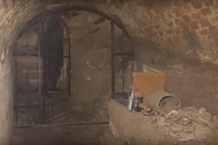 Монастырь, где обнаружен клинок, сейчас является музеем.