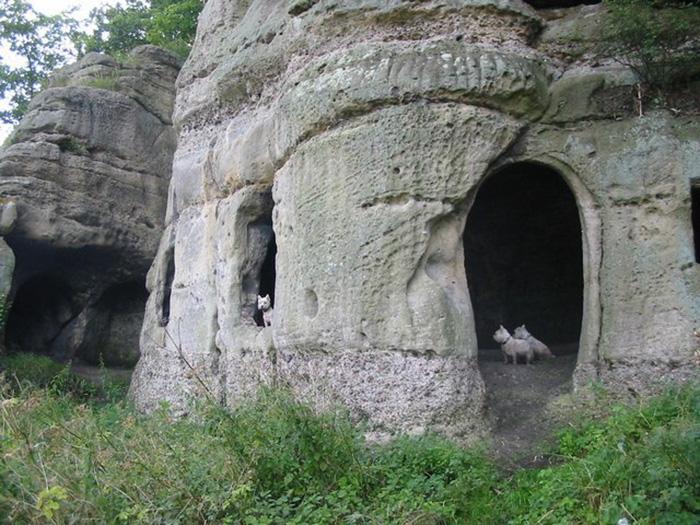 Внешний вид пещер.